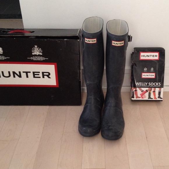 57% off Hunter Boots - Hunter navy blue wellies/rain boots from ...