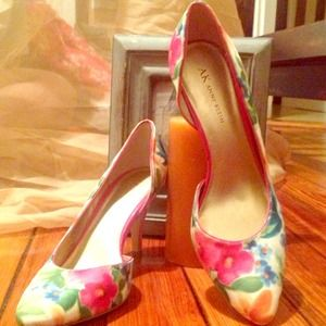 Anne Klein Shoes - Floral D'orsay pumps