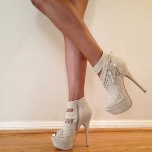 Shoes - Booties 2