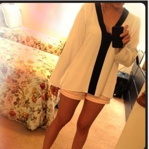 Zara Tops - Zara black and white blouse