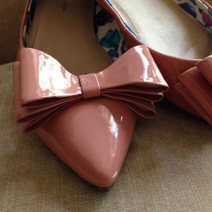 BCBGeneration Shoes - BCBG Pointed Toe Blush Bow Flats