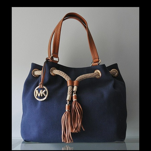 a271c045351085 Michael Kors Bags | Sold Marina Large Gathered Tote | Poshmark