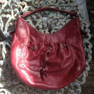 B Makowsky Deep Red Leather Handbag 🎒
