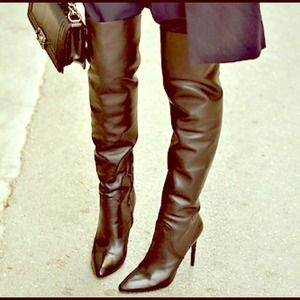 [SOLD] HOST PICK Alexander Wang Sofia OTN Boots