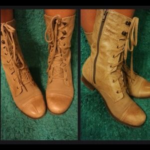 Tan leather combat boots, Size 9.
