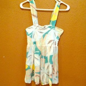 Loose, colorful tank top, size large