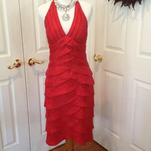 🎈🎉HOST PICK🎉🎈.     Cache Red Dress
