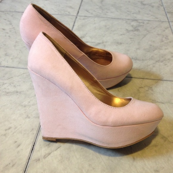 63 russe shoes sold light pink heels