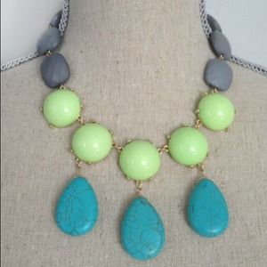 Jewelry - Turquoise/Lime statement necklace
