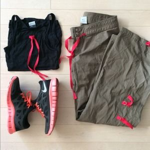 Nike Tops - SOLD ❌ Nike cargo pants and tank outfit