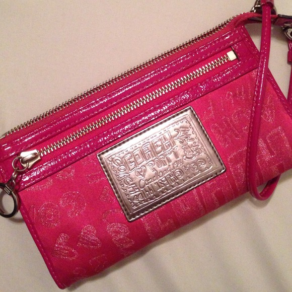 Coach bags hot pink poppy wristlet poshmark hot pink coach poppy wristlet mightylinksfo