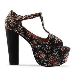BUNDLEDJeffrey Campbell Foxy In Black Tapestry