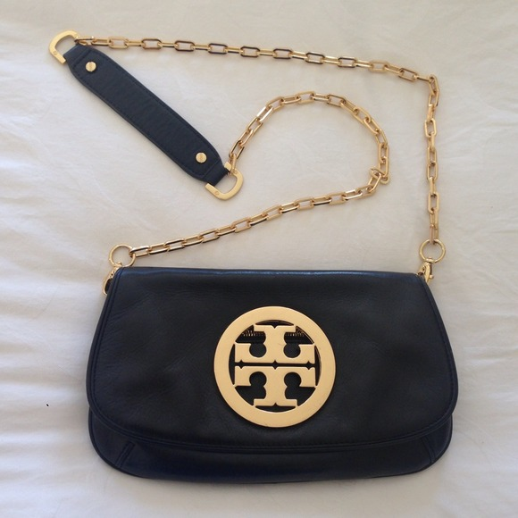 4e5daf604d8 Tory Burch Reva Logo Gold Flap cross body bag. M 525c4b2a4b66655cab07448b