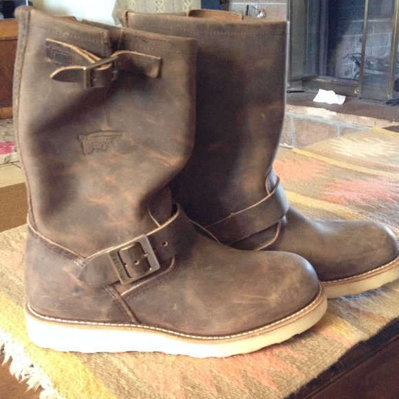 Red Wing Boots Nwot Red Wing 2975 Engineer Poshmark