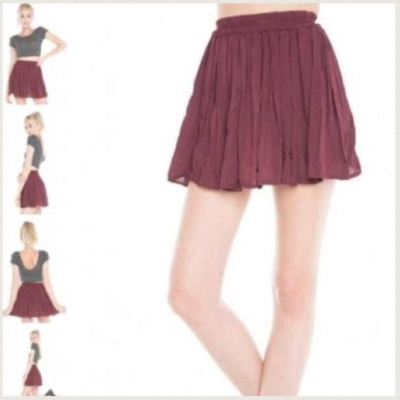 67b4bdb4218f Brandy Melville Dresses   Skirts - Brandy Melville Burgundy Skater Skirt!