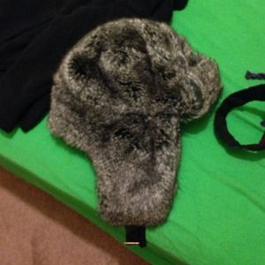 Accessories - Fur hat