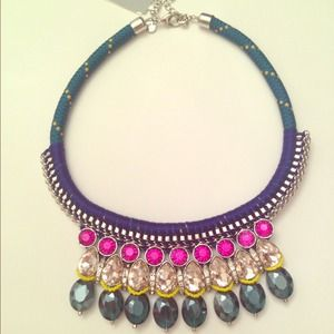 Jewelry - MAJOR statement necklace! Gems, chain, rope, beads