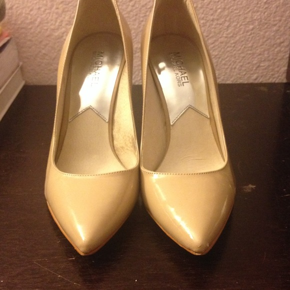 Michael Kors Shoes - Michael Kors beige heels 💗 2