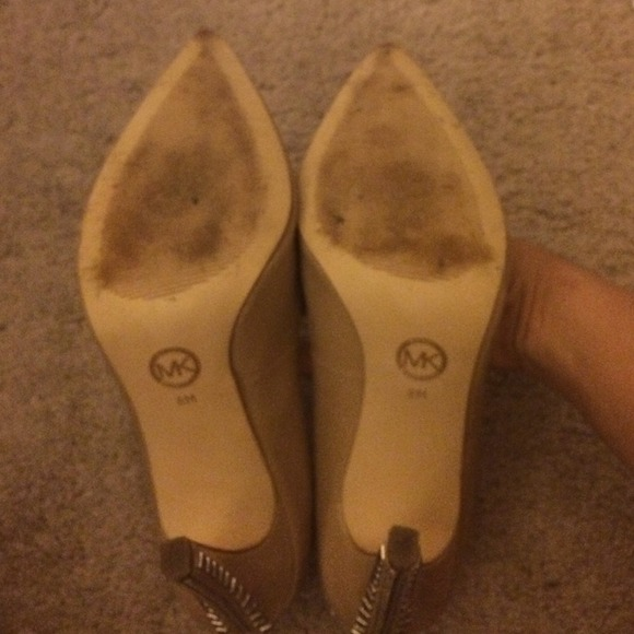 Michael Kors Shoes - Michael Kors beige heels 💗 4