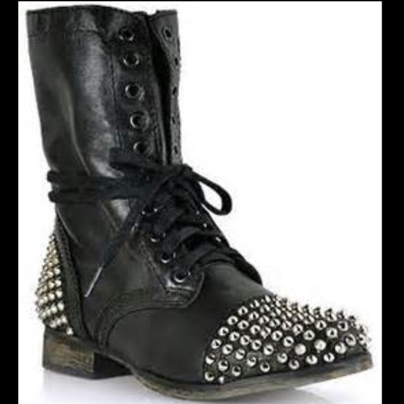 Black Combat Boots With Spikes - Yu Boots
