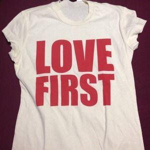 Tops - Love first shirt