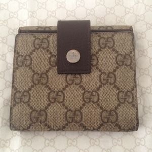 Authentic Gucci Leather Trifold Wallet