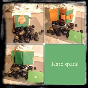 kate spade Clutches & Wallets - Kate spade Wallet 🔹SOLD🔹