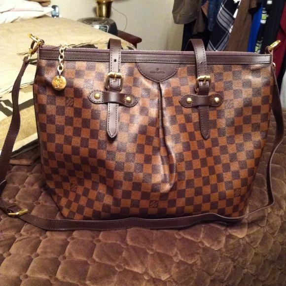 ef6ae4d5d270 Louis Vuitton Handbags -  HOLD  Brand NEW Louis Vuitton Tote bag