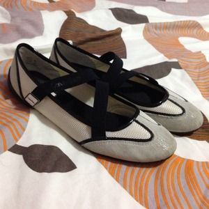 Calvin Klein Shoes. 8M