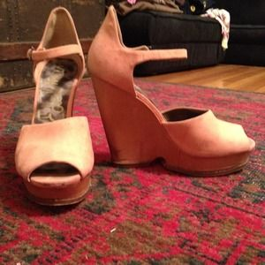 Sam Edelman Shoes - Sam Edelman wedge heels salmon platform shoes used