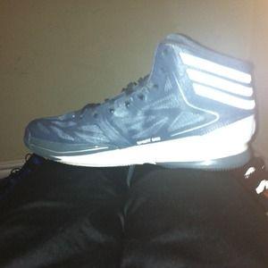 Adidas. Adizeros. DRose. Basketball shoe.