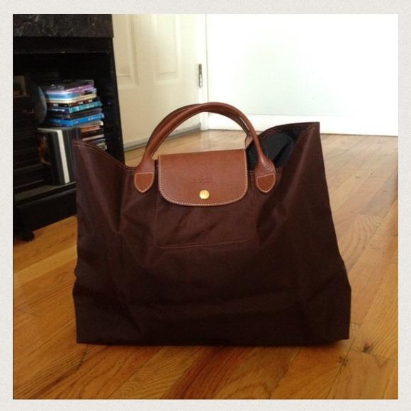 20601dc8a8d3 Longchamp Handbags - 100% authentic longchamp chocolate bag no zipper