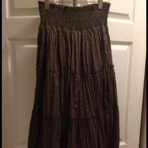 Romy Dresses & Skirts - Romy Green Crinkle Maxi Skirt - XL