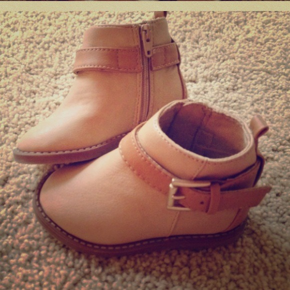 Zara Shoes   Baby Booties   Poshmark
