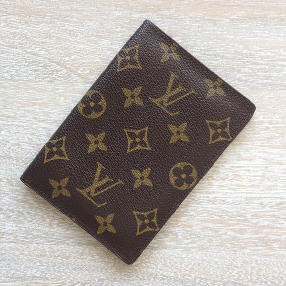 5af7685f1fcd Louis Vuitton Accessories - Authentic Vintage LV Passport Cover