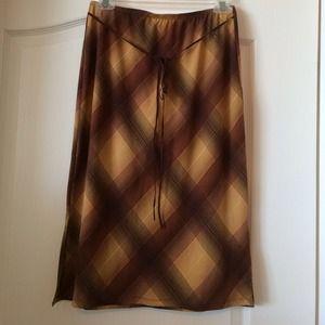 Forever 21 brown design skirt