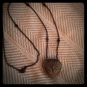 Jewelry - Price cut! Long antiqued locket necklace