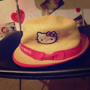 Sanrio Accessories - Hello Kitty Hat