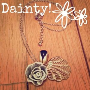 Rose & Shell Necklace