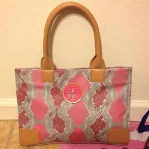 REDUCED! Tory burch hand/shoulder bag