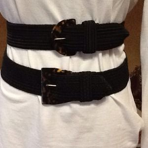 cd4e44bfd6c Accessories - Black belt with tortoise shell buckle