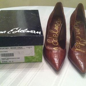 Sam Edelman Whisky Crocodile Pumps-size 6