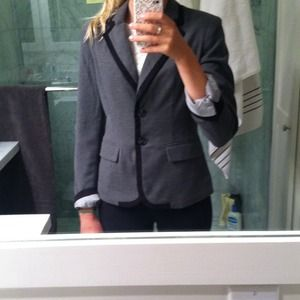 grey and black blazer