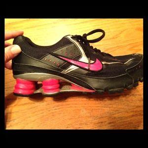 nike blazer femme port e - 60% off Nike Shoes - Nike Shox M2, size 7. Very good condition ...