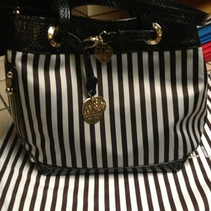 Authentic Henri  Bendel tote bag.