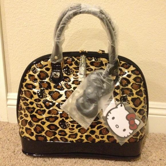 3916d1653 Loungefly Bags | Hold Hello Kitty Purse | Poshmark