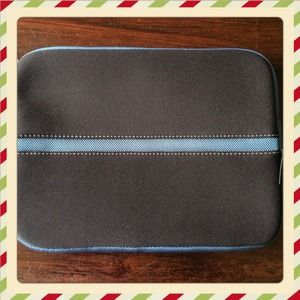 Ipad case black and stripe blue