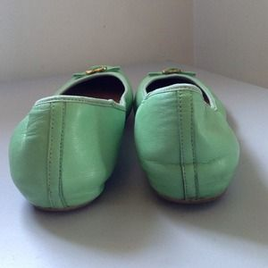Diane von Furstenberg Shoes - PM Editor Pick 👑Diane Von Furstenberg Mint Flats