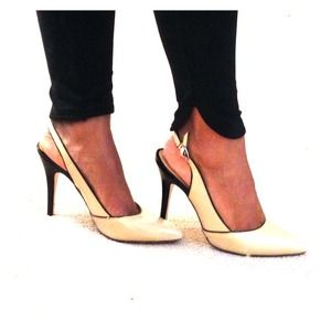 Shoes - Sexy Nude Slingback Pumps