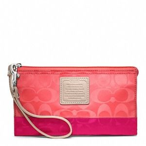 NEW COACH WEEKEND COLORBLOCK NYLON ZIPPY WALLET